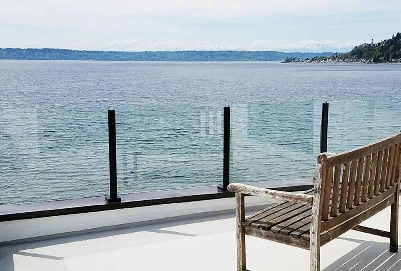 Infinity Topless Railing- Glass Railings- Innovative Aluminum Systems- Aldergrove BC- frameless glass- aluminum railings-glass railings outdoors- ocean front
