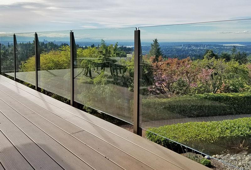Infinity Topless Railing- Glass Railings- Innovative Aluminum Systems- Aldergrove BC- frameless glass- aluminum railings- garden