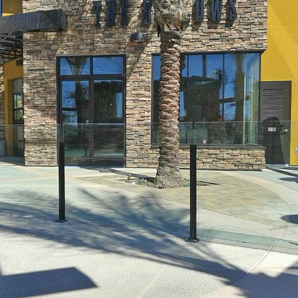 Infinity Topless Railing- Glass Railings- Innovative Aluminum Systems- Aldergrove BC- frameless glass- aluminum railings-glass railings outdoors