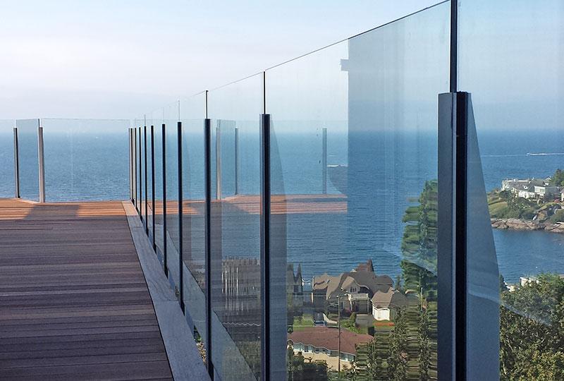 Infinity Topless Railing- Glass Railings- Innovative Aluminum Systems- Aldergrove BC- frameless glass- aluminum railings- ocean view
